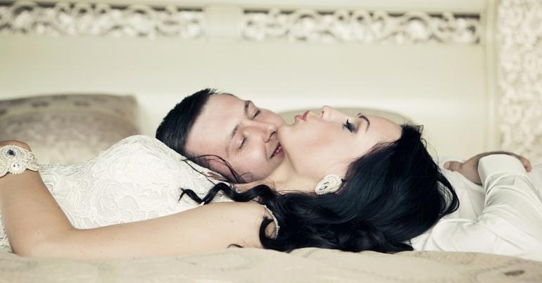 Kaip pozuoti vestuvių dieną?