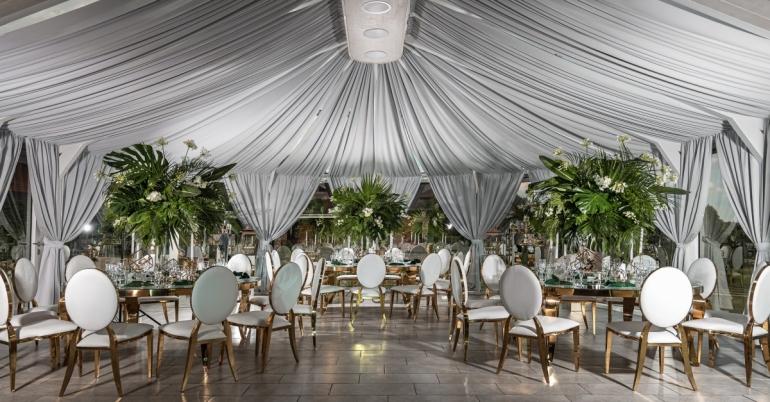 PAS ŠEŠTOKĄ vila vestuvėms 80 vietų prie ežero Molėtų raj.